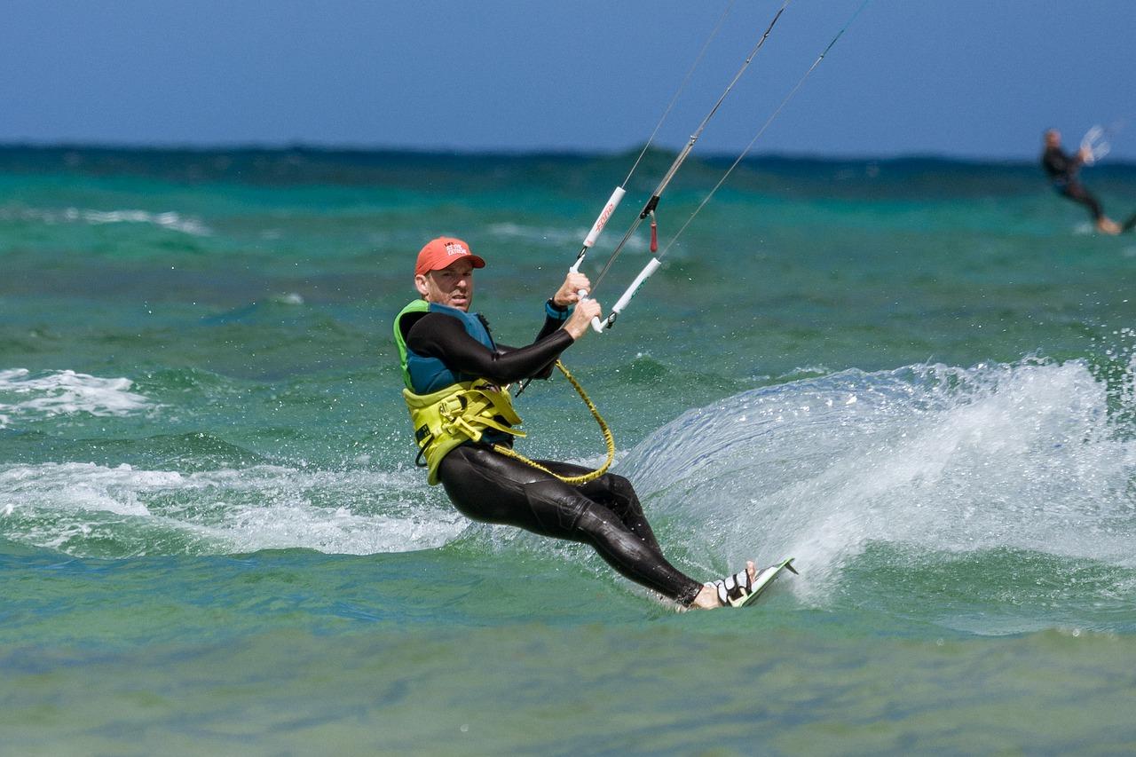 Kitesurf en Mallorca: El equipo perfecto para practicar este deporte