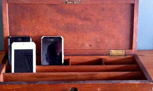 5% de descuento un restaurante por no usar el móvil