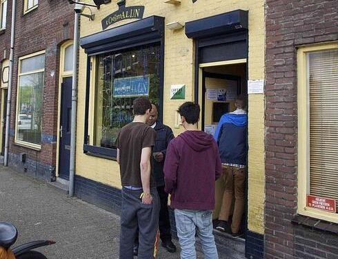 Adiós al turismo de los porros en Holanda