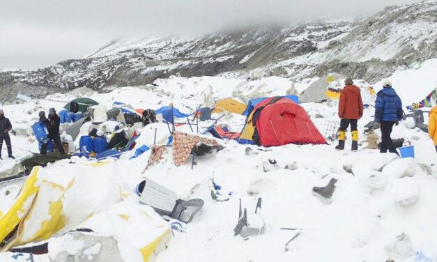 Atrapados en el Everest
