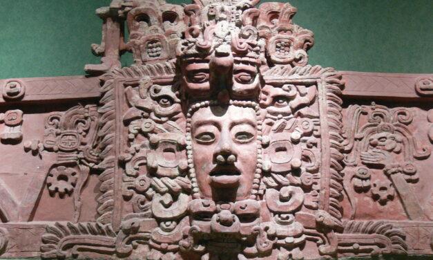 La Cuarta Era Maya