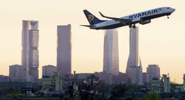 Ryanair vuelve a las andadas