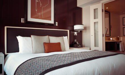 Como dormir bien en un hotel