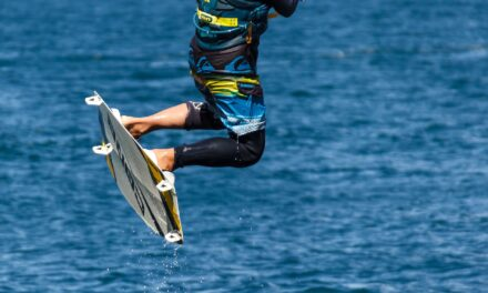 Kitesurf Mallorca: ¿Qué necesitas para empezar con las clases?