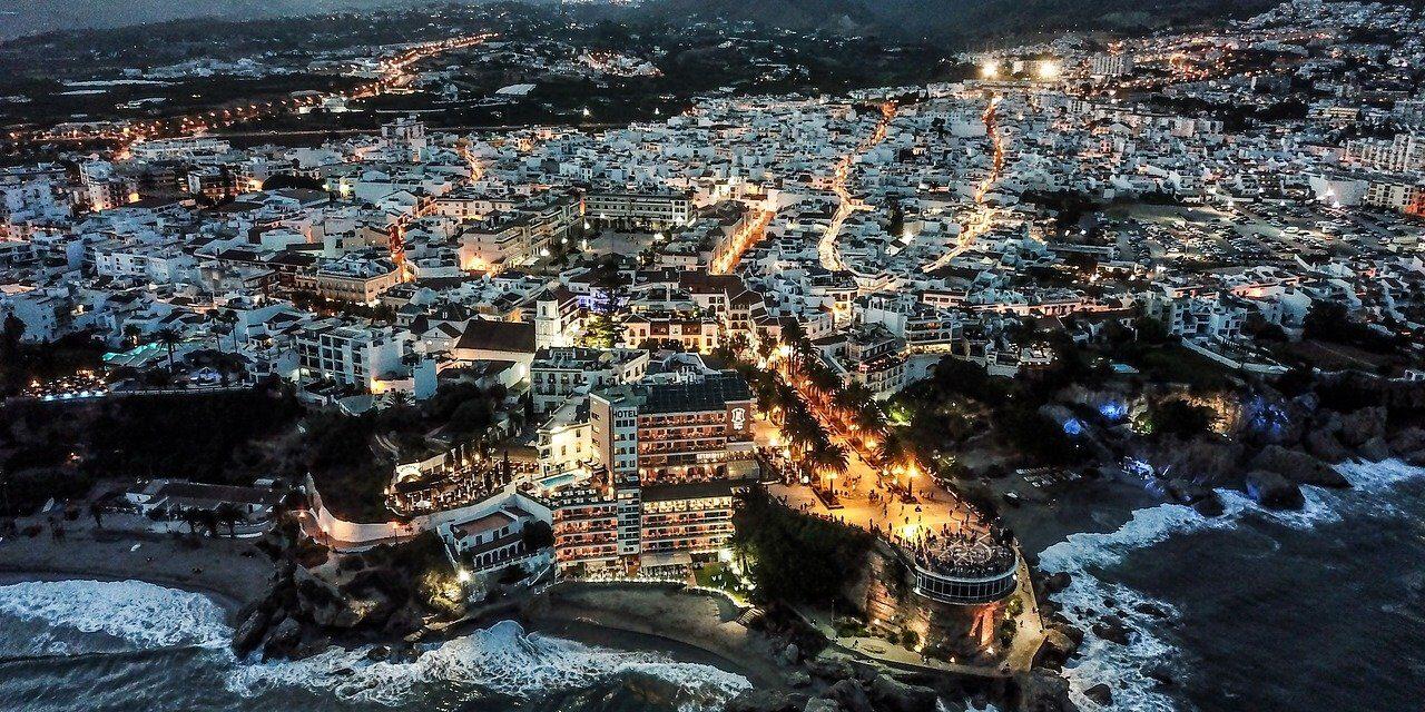 Nerja, el balcón del Mediterráneo