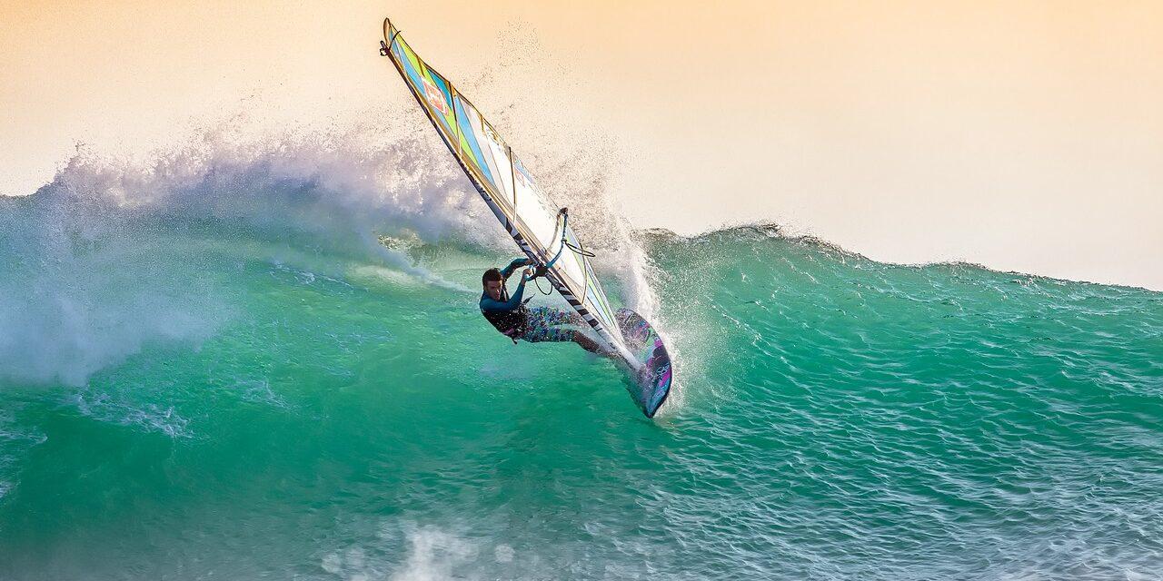 Mallorca windsurf: Naturaleza y deporte
